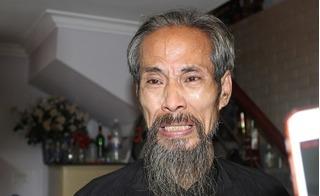 Nghệ sĩ Chu Hùng ứa nước mắt chia sẻ ngọn nguồn việc gia đình bị cắt điện, cắt nước suốt 3 năm