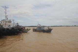 Huy động thêm nhân lực để tìm kiếm thuyền viên mất tích trong vụ chìm tàu ở Nghệ An