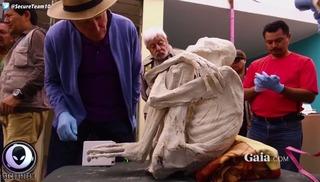 """Giật mình phát hiện """"xác ướp người ngoài hành tinh"""" ở Peru"""