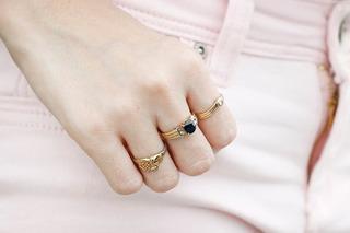 Bật mí cách đeo nhẫn theo phong thủy để