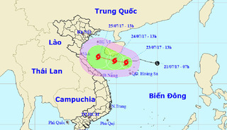 Bão số 4 di chuyển nhanh vào đất liền, hướng vào các tỉnh Thanh Hóa – Quảng Bình