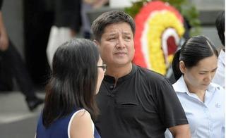 Nghệ sĩ Chí Trung đau buồn thông báo tin mẹ vừa qua đời