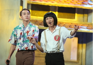 Hồng Thanh – Karik kết hợp bolero với rap độc nhất vô nhị trong Cười xuyên Việt
