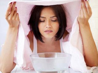 Vì sao không tắm hay xông hơi khi đang sốt xuất huyết?