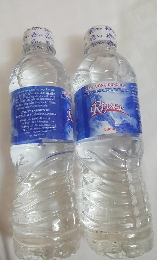 Nước đóng chai River