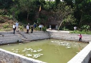 Xót xa 4 nữ sinh cùng tử vong do đuối nước ở ao chùa
