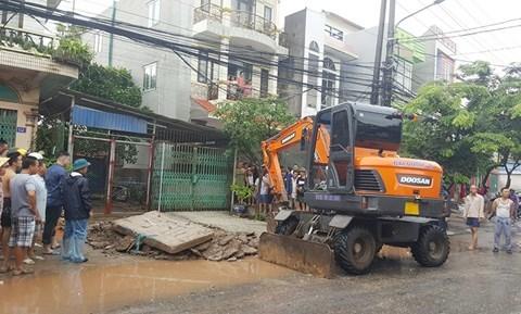 Mưa lớn ở Quảng Ninh