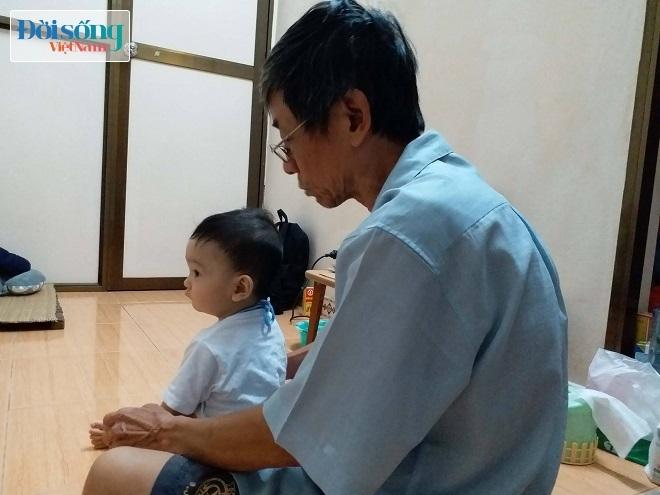 Bé trai bị bạo hành ở Hà Nội 5
