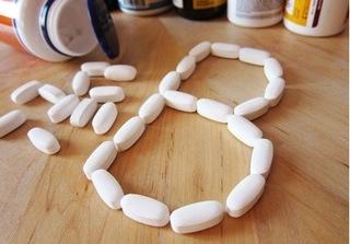 Nam giới hút thuốc bổ sung vitamin B dễ mắc bệnh ung thư phổi