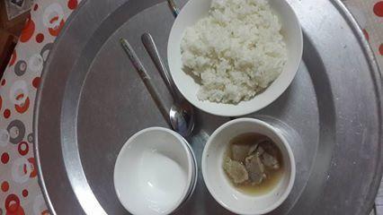 bữa cơm ở cữ3