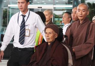 Thiền sư Thích Nhất Hạnh sẽ ở Việt Nam trong vòng bao lâu?