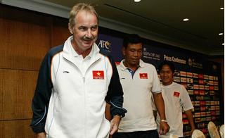 Thực hư thông tin HLV Riedl sẽ dẫn dắt đội tuyển Việt Nam