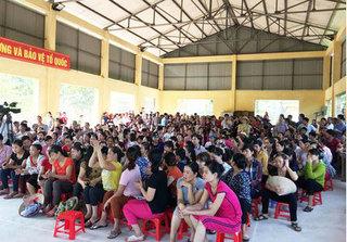 Vụ đưa thực phẩm bẩn vào trường học ở Vĩnh Phúc: Không cho đi học khi vụ việc chưa được làm rõ
