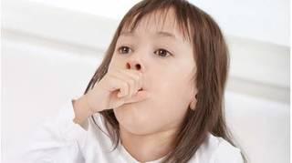 Mẹ cho con sử dụng những bài thuốc này, đảm bảo trẻ đỡ ho trong mùa thu đông