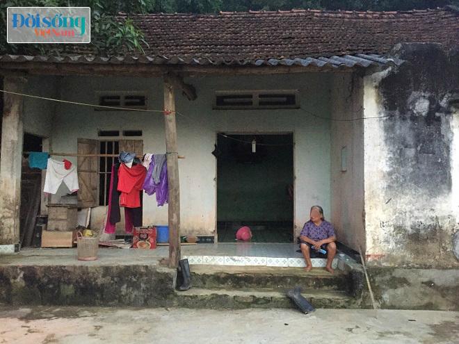 Nhà của Nguyễn Văn Hạnh khi hai tử tù đi xe máy lên để đây