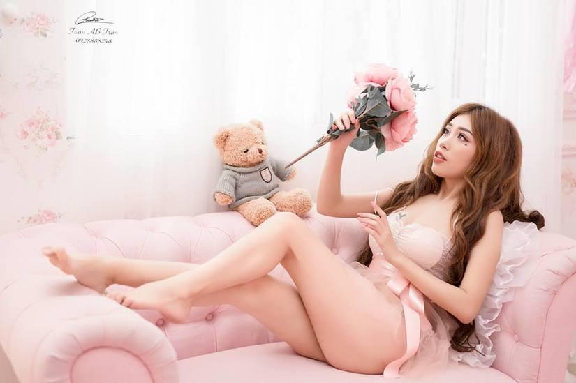 Pinky Bảo Trân gợi cảm và nóng bỏng trong bộ ảnh mới2