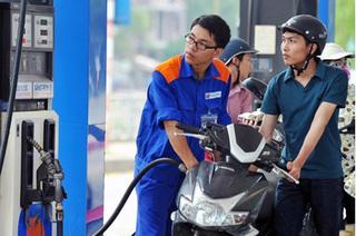 Giá xăng tăng vượt ngưỡng 18.000 đồng/lít từ 15h chiều nay