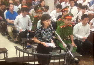 Vụ án Hà Văn Thắm: Các bị cáo nghẹn ngào khi nói về con và gia đình
