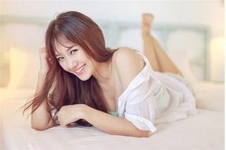 Hari Won lần đầu chia sẻ những chuyện thầm kín sau 8 tháng kết hôn với Trấn Thành