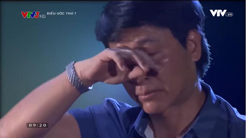 Quốc Tuấn rưng rưng nước mắt khi nghe bé Bôm chia sẻ