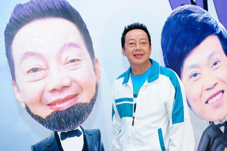 khánh Nam làm liveshow
