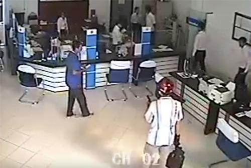 Cướp ngân hàng Vietinbank ở Vĩnh Long