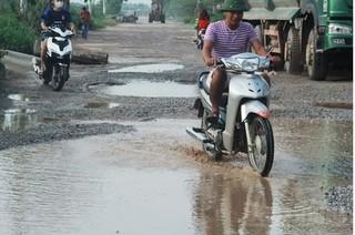 Đường gom cao tốc Hà Nội – Bắc Giang: Chủ đầu tư trả lời do xe chạy quá nhiều nên hư hỏng
