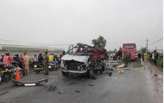 Tai nạn ở Tây Ninh: Chiếc xe 16 chỗ chở khách du lịch lên núi Bà Đen