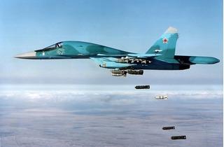 Máy bay Nga giết hại hàng chục dân thường đang chạy trốn?