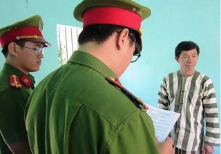 Nhận hối lộ 130 triệu đồng, trưởng phòng thanh tra thuế tỉnh Bình Định bị bắt giam