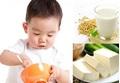 Cách mẹ tự làm sữa đậu nành, tào phớ, đậu phụ tuyệt ngon cho bé