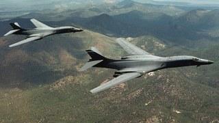 Oanh tạc cơ Mỹ-Nhật-Hàn hợp sức tập trận phóng tên lửa sát sườn Triều Tiên