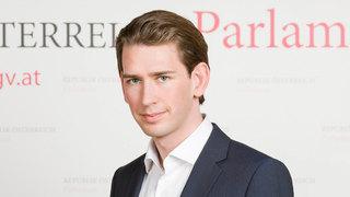Tài năng lẫn ngoại hình điển trai của Thủ tướng Áo tương lai