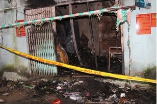 Phòng trọ bốc cháy trong đêm khiến 5 người thương vong