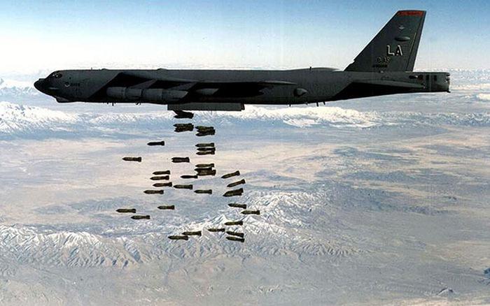 phi đội máy bay B-52
