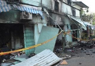 Cháy phòng trọ ở Sài Gòn: Đau đớn cảnh tìm được thi thể hai bà cháu