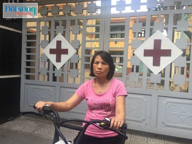 Nữ điều dưỡng bị đối tượng dùng súng và dao khống chế