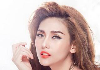 Võ Hoàng Yến: Tân Hoa hậu Đại dương không trả lời câu hỏi sửa môi hay không của tôi