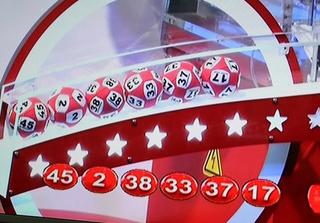 Kết quả xổ số Vietlott hôm nay 2/11: Ai trúng giải gần 100 tỷ?