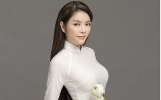 Bộ ảnh Lý Nhã Kỳ tinh khôi, thanh lịch như nữ sinh cấp 3 trong tà áo dài trắng