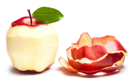 Ăn hoa quả đừng bỏ vỏ táo
