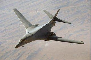 """Triều Tiên cáo buộc máy bay ném bom Mỹ diễn tập """"đe dọa"""