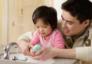 Bí quyết vàng giúp trẻ không bao giờ bị cảm ho và sổ mũi khi trời lạnh