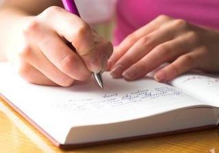 Gửi chồng yêu: Em xin từ chức Vợ và mong anh cân nhắc điều động qua bộ phận Người Tình...