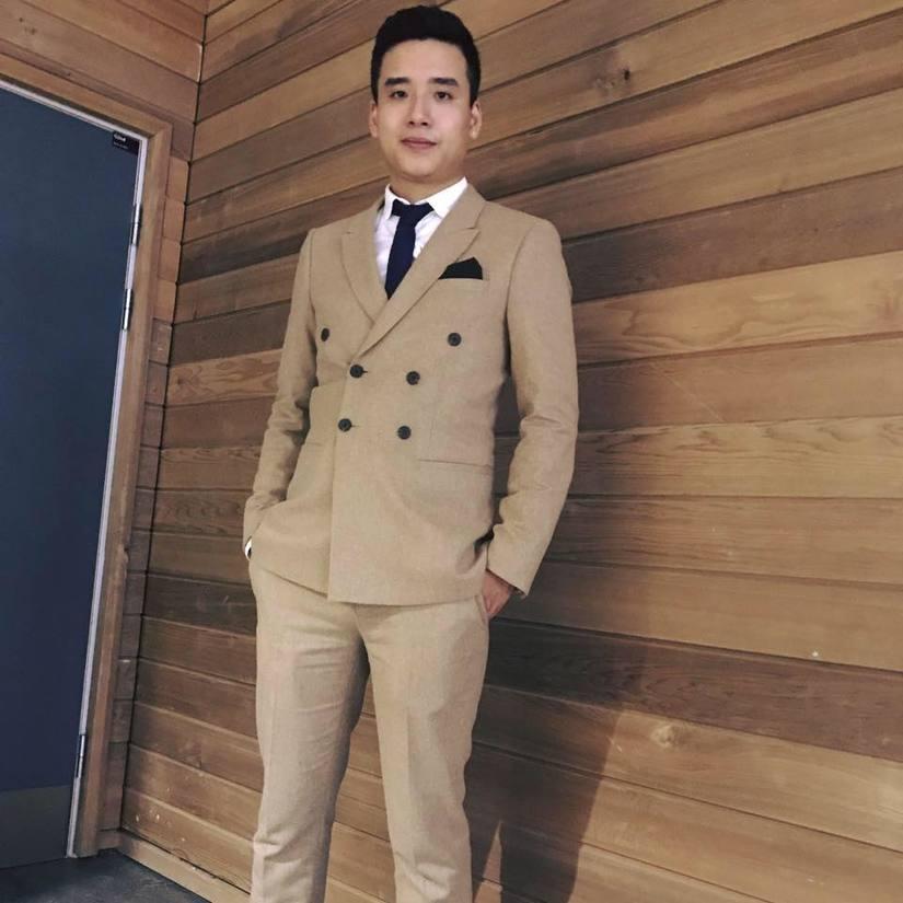 thầy giáo điển trai Đặng Sơn Tùng 1