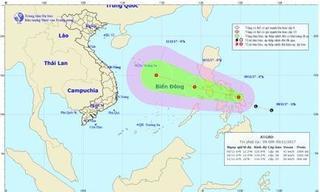 """Mưa lũ vừa qua, biển Đông lại sắp phải """"đón thêm"""" áp thấp nhiệt đới mới"""