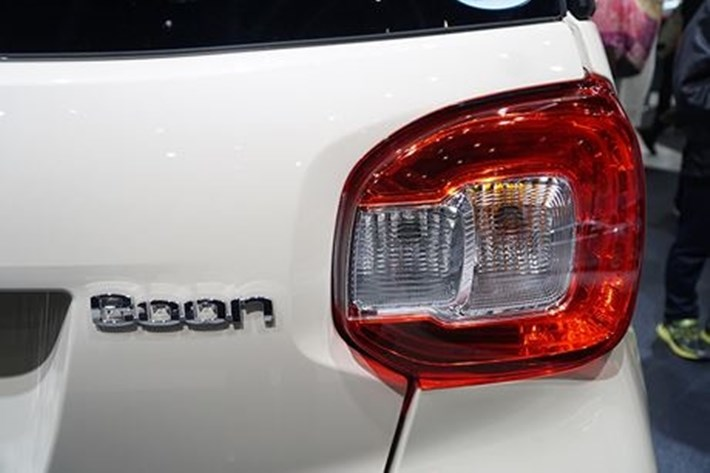 Bên trong xe ô tô Nhật Daihatsu Boon giá chỉ hơn 200 triệu