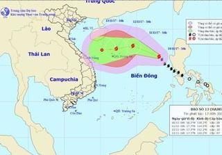 Cơn bão số 13 có thể mạnh thêm, thẳng tiến vào miền Trung