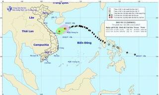 Bão số 13 suy yếu thành áp thấp nhiệt đới, áp sát đất liền