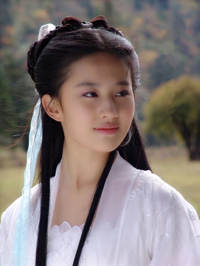 Ngẩn ngơ nhan sắc mỹ nhân cổ trang đẹp nhất màn ảnh Hoa ngữ 4